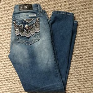 Miss Me Jeans- mid rise skinny